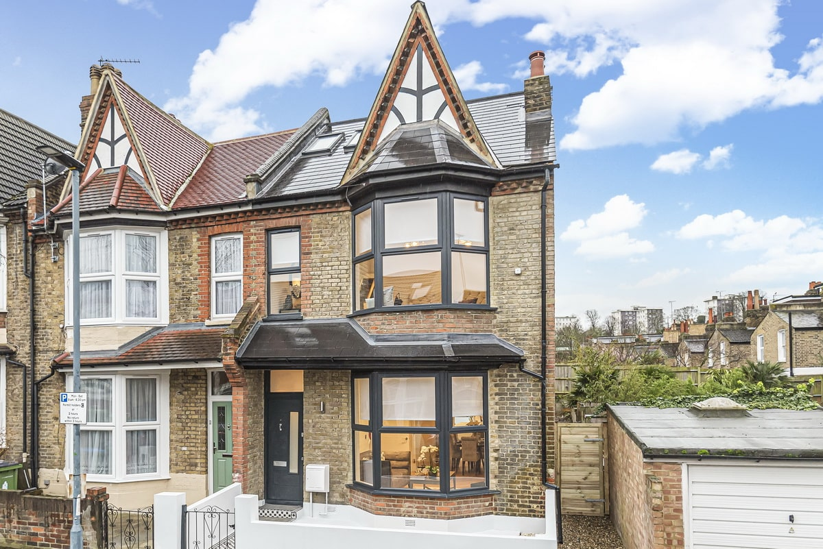 Creating Extraordinary Homes in London